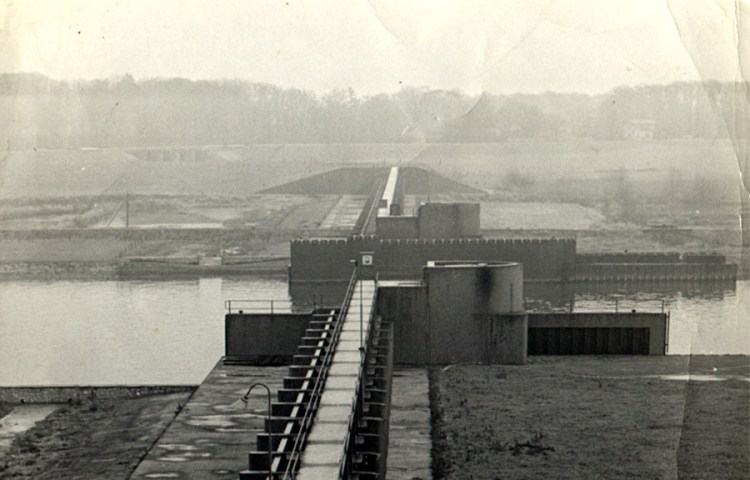 Stuwdam bij Olst