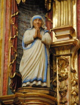 Beeld van Moeder Teresa in Buenos Aires - cc