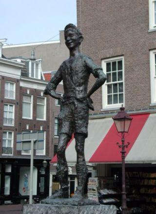 Het Lieverdje op het Spui in Amsterdam - cc