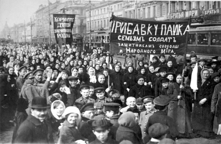 Stakers van de Poetilov-fabriek op 23 februari 1917