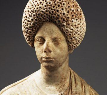 Allard Pierson Museum verwerft twee Romeinse beelden