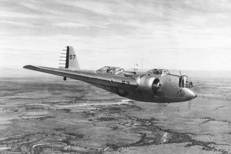 Martin B-10 - cc