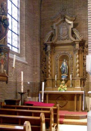 Maria-altaar.  Andreaskerk in Velden. Foto: Sander van Daal