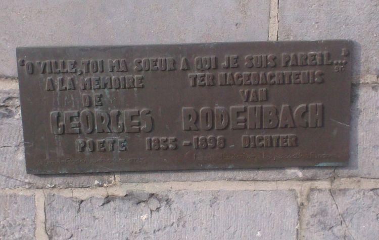Gedenkplaat aan hetJan Van Eyckplein in Brugge - cc