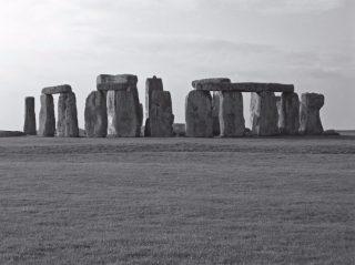 Het bekendste megalithische monument op aarde: Stonehenge. ondanks uitgebreid archeologisch onderzoek blijven de meningen over zijn bedoeling uiteenlopen.