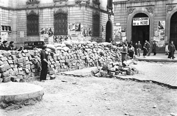 Barricade in Barcelona - mei 1937