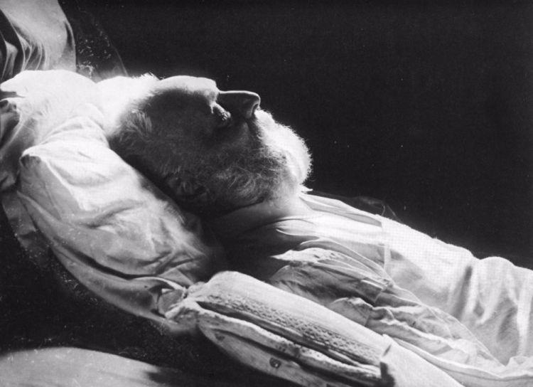 Victor Hugo op zijn sterfbed. (wiki)