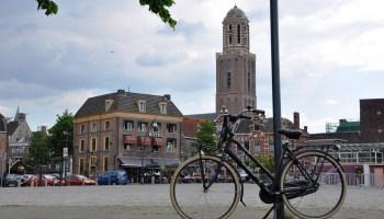 De skyline van Zwolle, met Peperbus, gezien vanaf het Rodetorenplein (cc - Onderwijsgek)