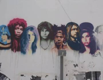 Graffiti in Tel-Aviv met enkele leden van de Club van 27 - cc