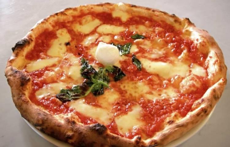 Pizza Margherita - cc