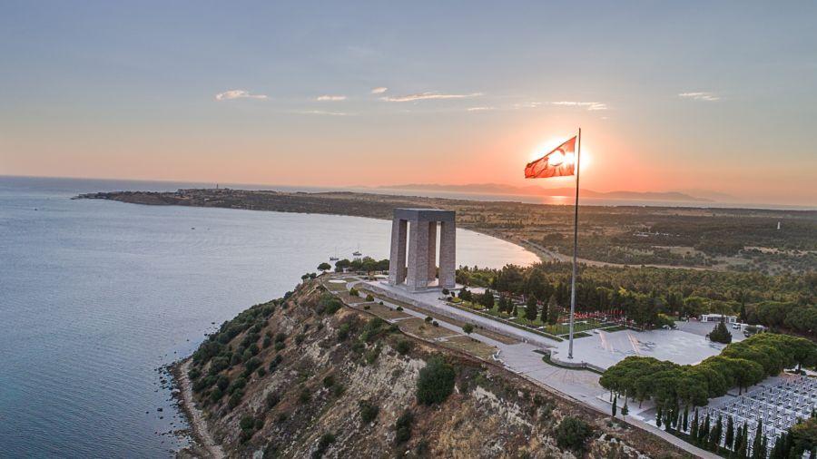 Monument ter nagedachtenis aan de Turkse slachtoffers van de Slag om Gallipoli (cc - İbrahim Kıroğlu)