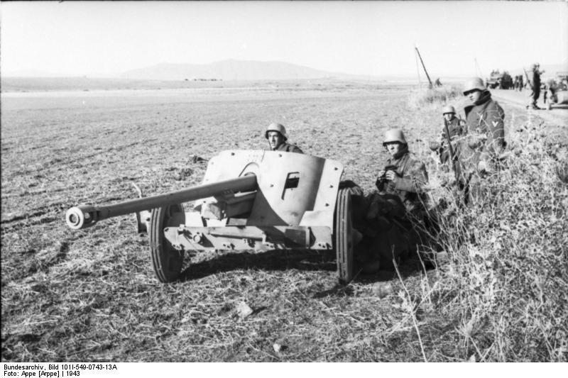 5 cm Pak 38 (CC-BY-SA 3.0 - wiki - Bundesarchiv)