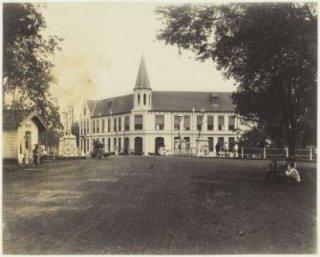 Hoofdkantoor  van de KPM in Jakarta, waar de golf van overnames begon op 3 december 1957