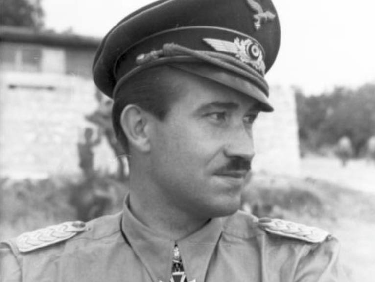 Adolf Galland (1912-1996) – Gevechtspiloot in dienst van het Derde Rijk