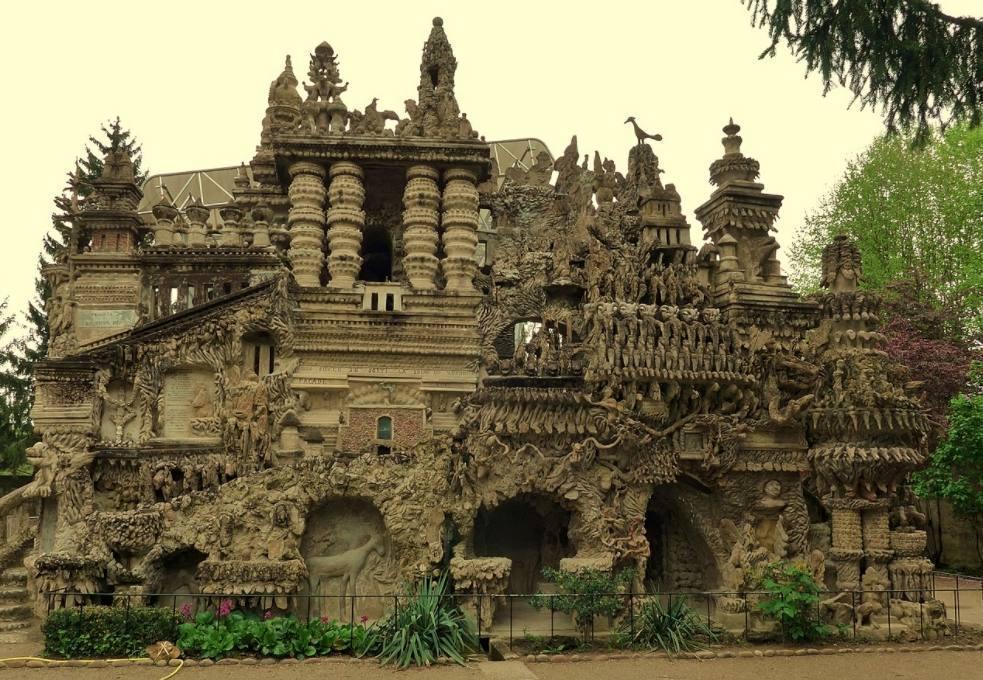 Ferdinand Cheval, de postbode die een paleis bouwde