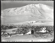 Scott, R Antarctic Arctic, October 1911. It was almost inevitable that Scott would take photographs of Mount Erebus, as the famous volcano dominated the landscape around his Cape Evans headquarters.