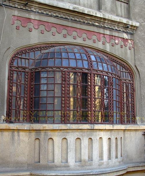 Neoromanian style glazed balcony historic houses of romania case de epoca - Neo romanian architecture traditional and functional house plans ...