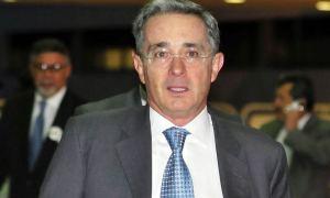 Biography of Álvaro Uribe Vélez