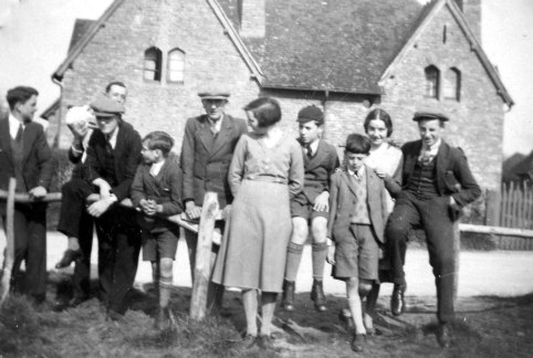 Group outside 30 & 31 New Road