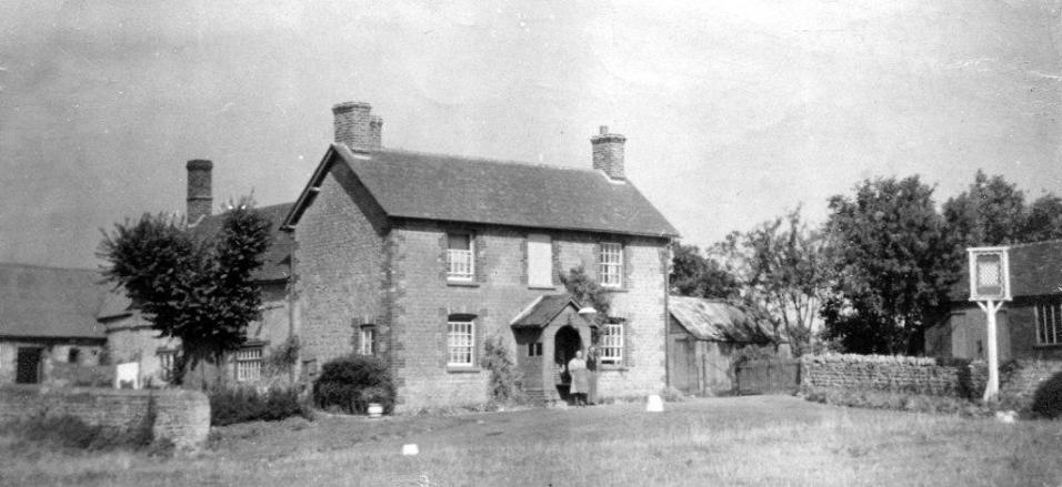 The Chequers [Shirley Dore]