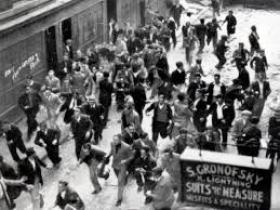 Photograph of the battle of cable street in 1936