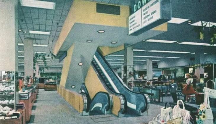 Main, No., 711 Sears Int