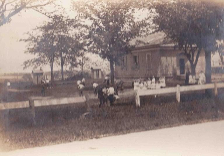 Julia Haight School 1913
