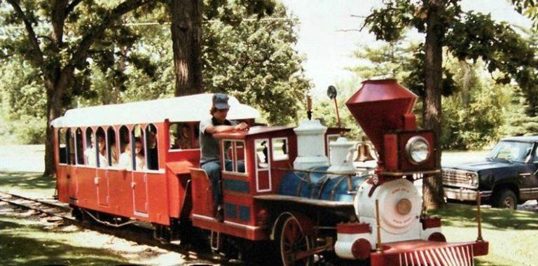Wagon Wheel train 1980s