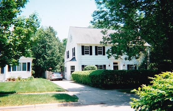 Clinton Ave., 2307 - 2