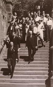 Reichsvizekanzler Franz von Papen beim Verlassen des Auditorium maximum in Marburg, 17. Juni 1934