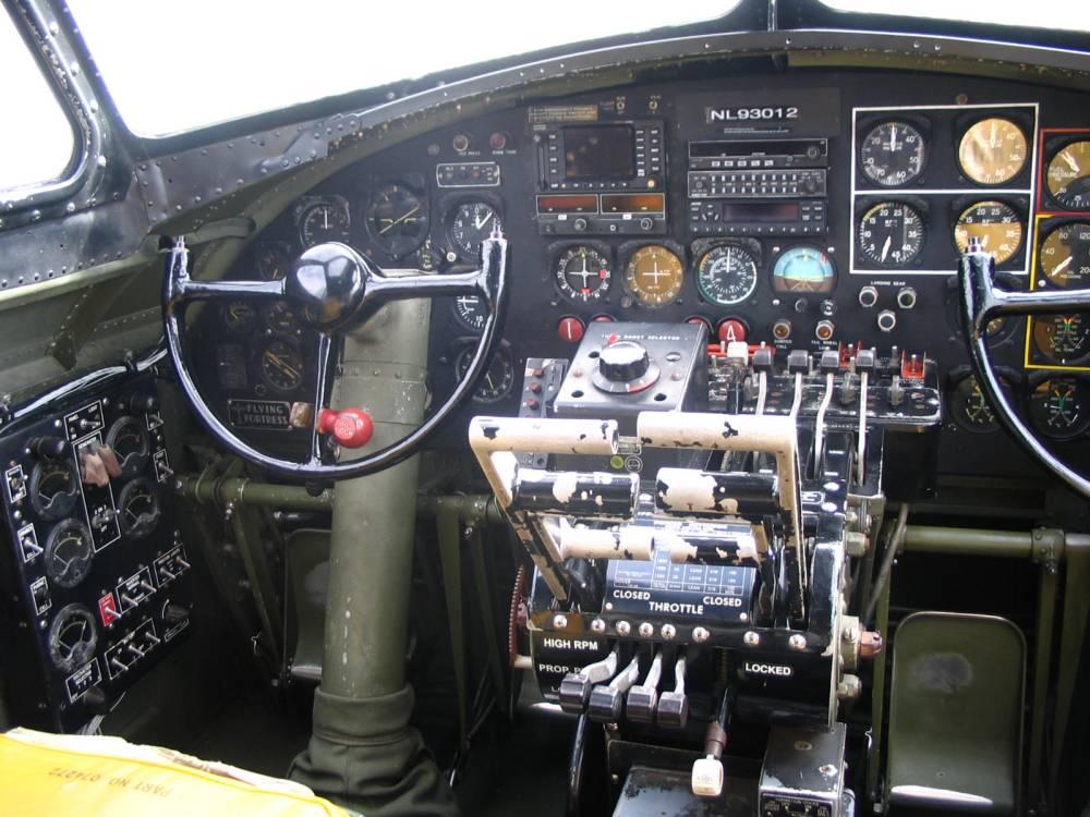 medium resolution of b17 cockpit 1