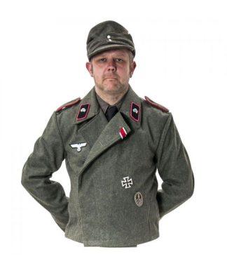 WW2 German Army uniforms and tunics