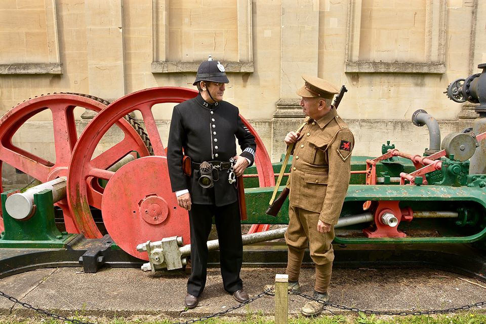 Home | Reproduction WW1 and WW2 German and British uniforms for hire