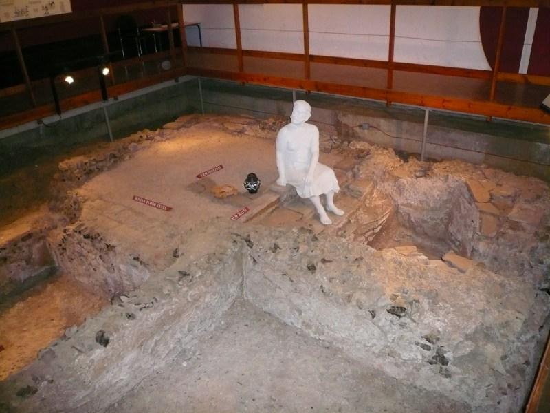 Photograph of Welwyn Roman baths (May 2007)