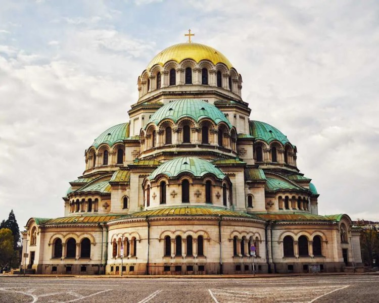 Alexander Nevsky Cathedral, composed using the Rule of Thirds