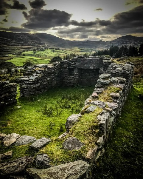 A ruin of a farm house from the Irish Potatoe Famine
