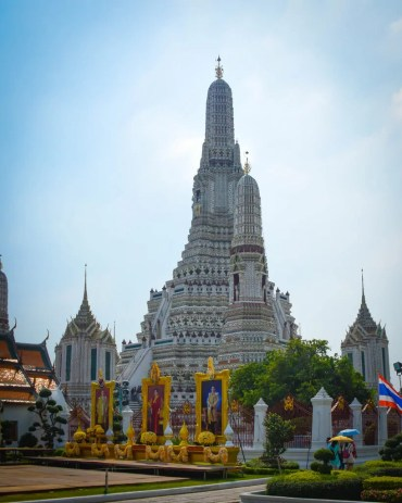 Wat Arun (the Temple of the Dawn)