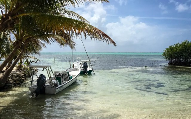 The Ultimate Belize Packing List: What to Wear & What to Pack for Belize