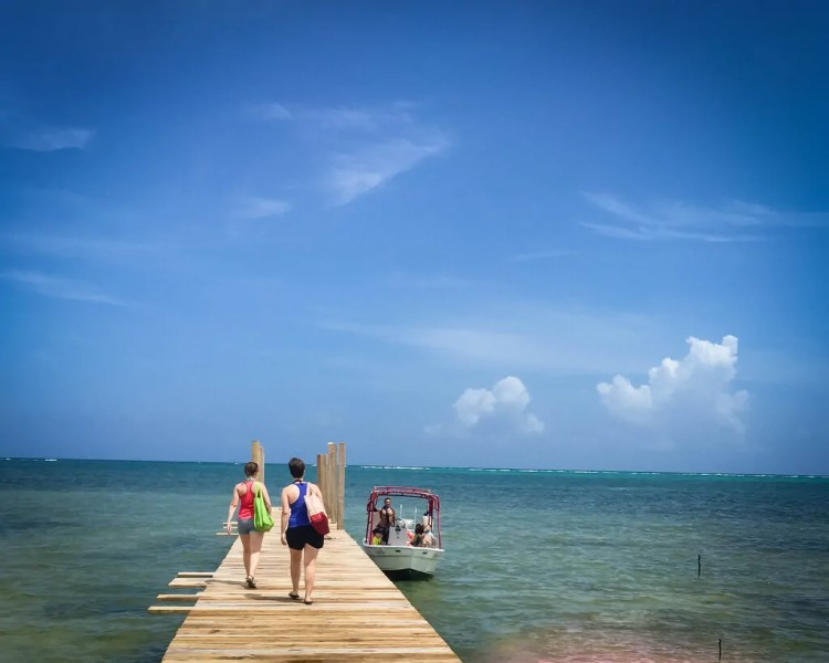 Belize - San Pedro - Leaving to Go Snorkeling