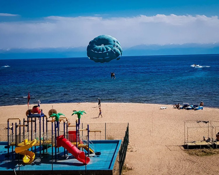 Parasailing in Bosteri on Issyk Kul