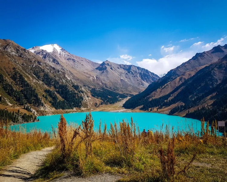 How to Visit Big Almaty Lake by Taxi