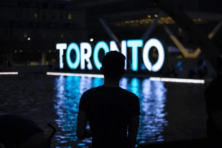 Canada - Toronto - Man - Pixabay