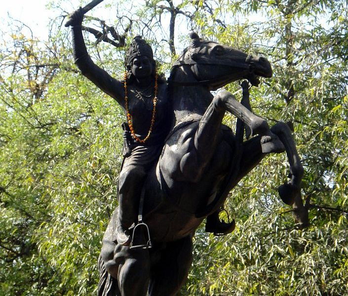 Jhalkaribai, served in Rani Lakshmibai women's army, disguised herself as the queen and fought on her behalf, allowing the Queen to escape.