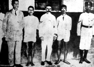 Kanailal_Dutt_and_Satyen_Basu_arrested_after_murder_of_Naren_Goswami-min