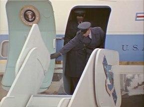 342-USAF-34662 - PRESIDENT KENNEDY VISITS SAC HEADQUARTERS, 12-07-1962-105.000