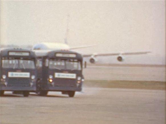 342-USAF-34662 - PRESIDENT KENNEDY VISITS SAC HEADQUARTERS, 12-07-1962-15.000