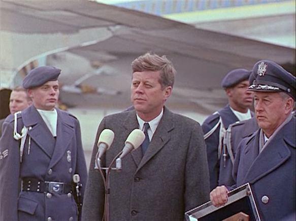 342-USAF-34662 - PRESIDENT KENNEDY VISITS SAC HEADQUARTERS, 12-07-1962-345.000