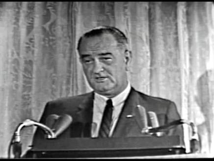MP 510 - LBJ Press Conference - 19640307-1260.000