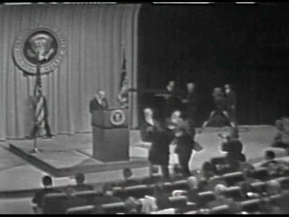 MP 511 - LBJ Press Conference - 19640416-60.000