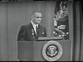 MP 511 - LBJ Press Conference - 19640416-840.000